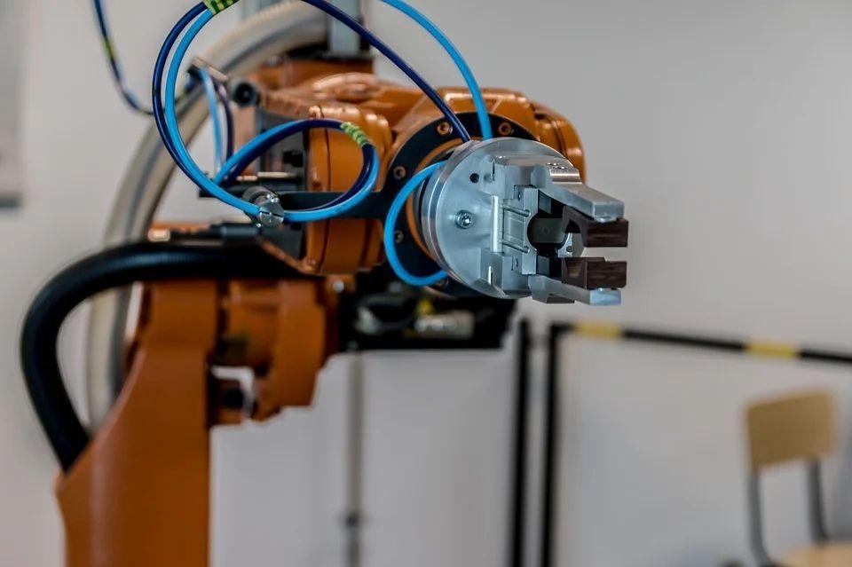 Роботы будут делать нам телефоны