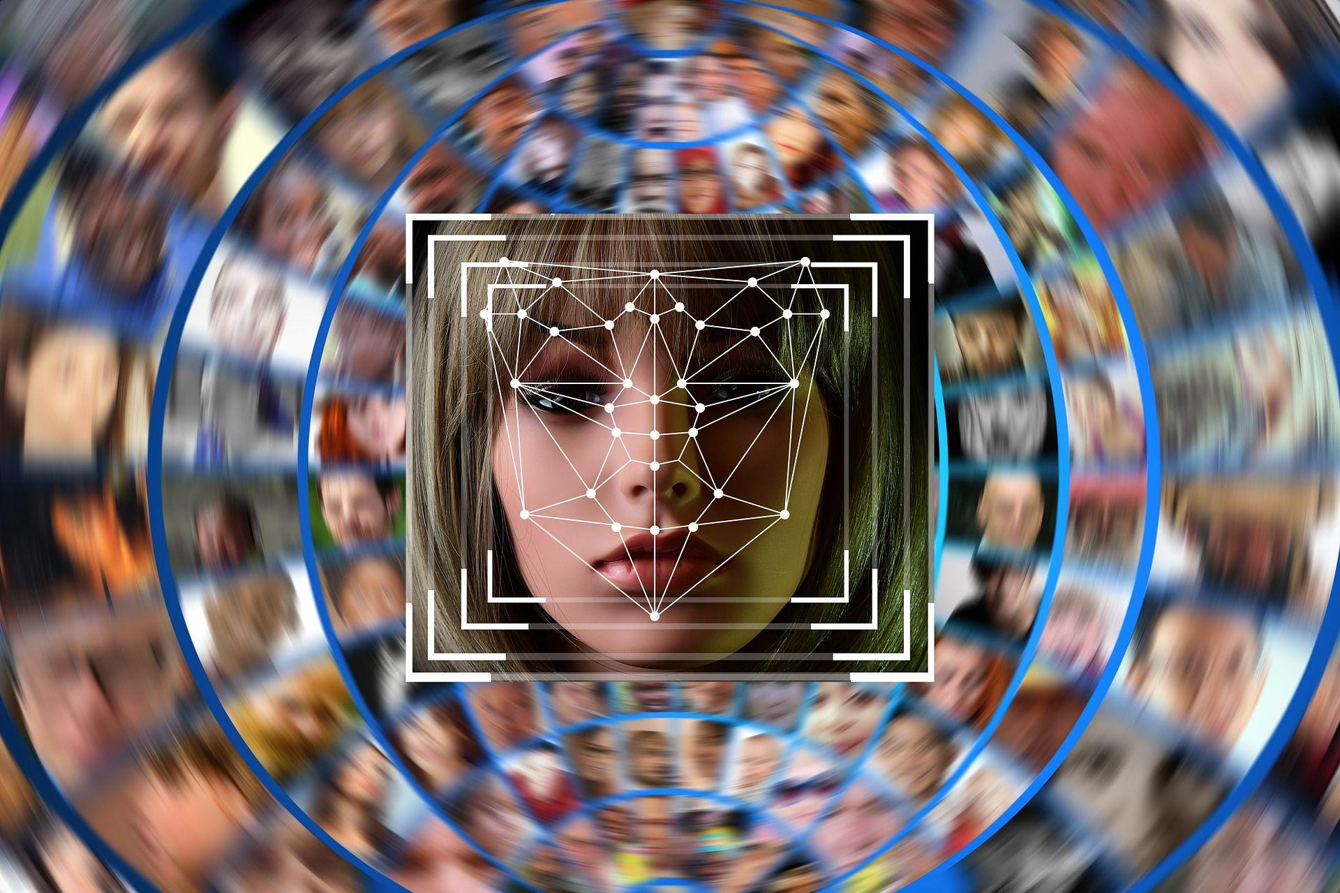 Сбербанк внедрил биометрию вбанкоматы