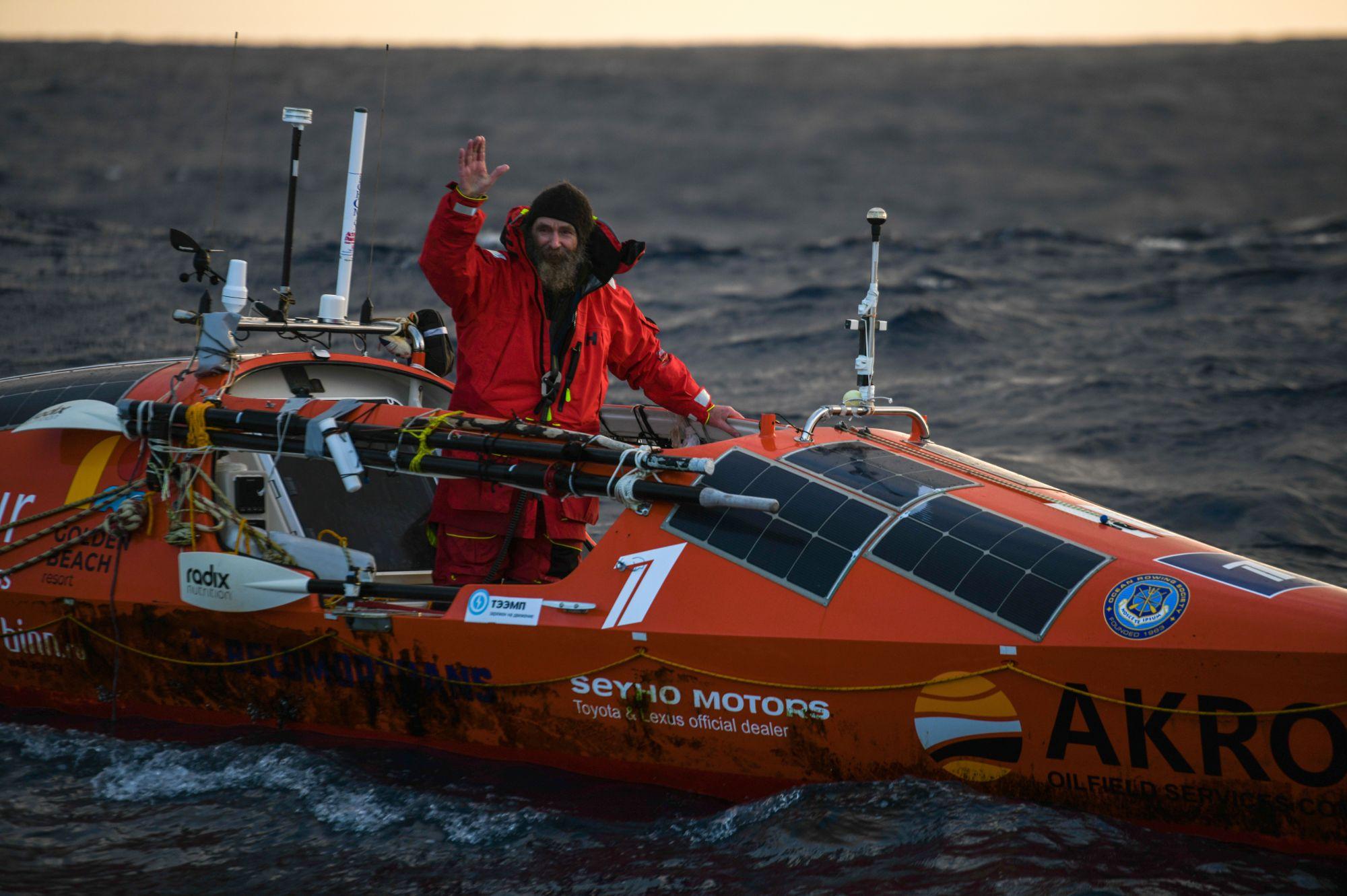 2019 Фёдор Конюхов завершает одиночный переход через Южный океан на весельной лодке «Акрос»