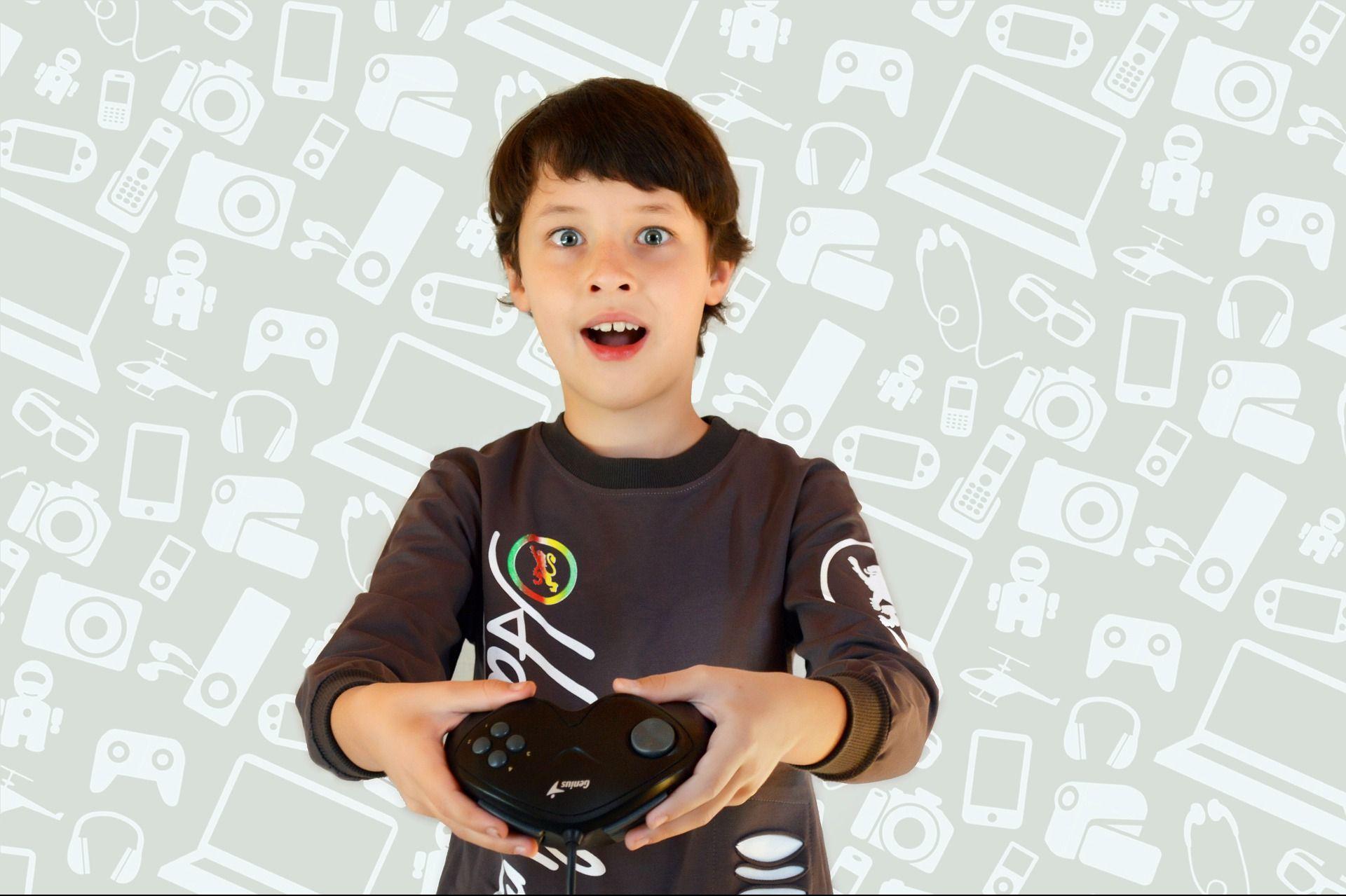 Дети вКитае не смогут играть ввидеоигры больше трехчасов внеделю
