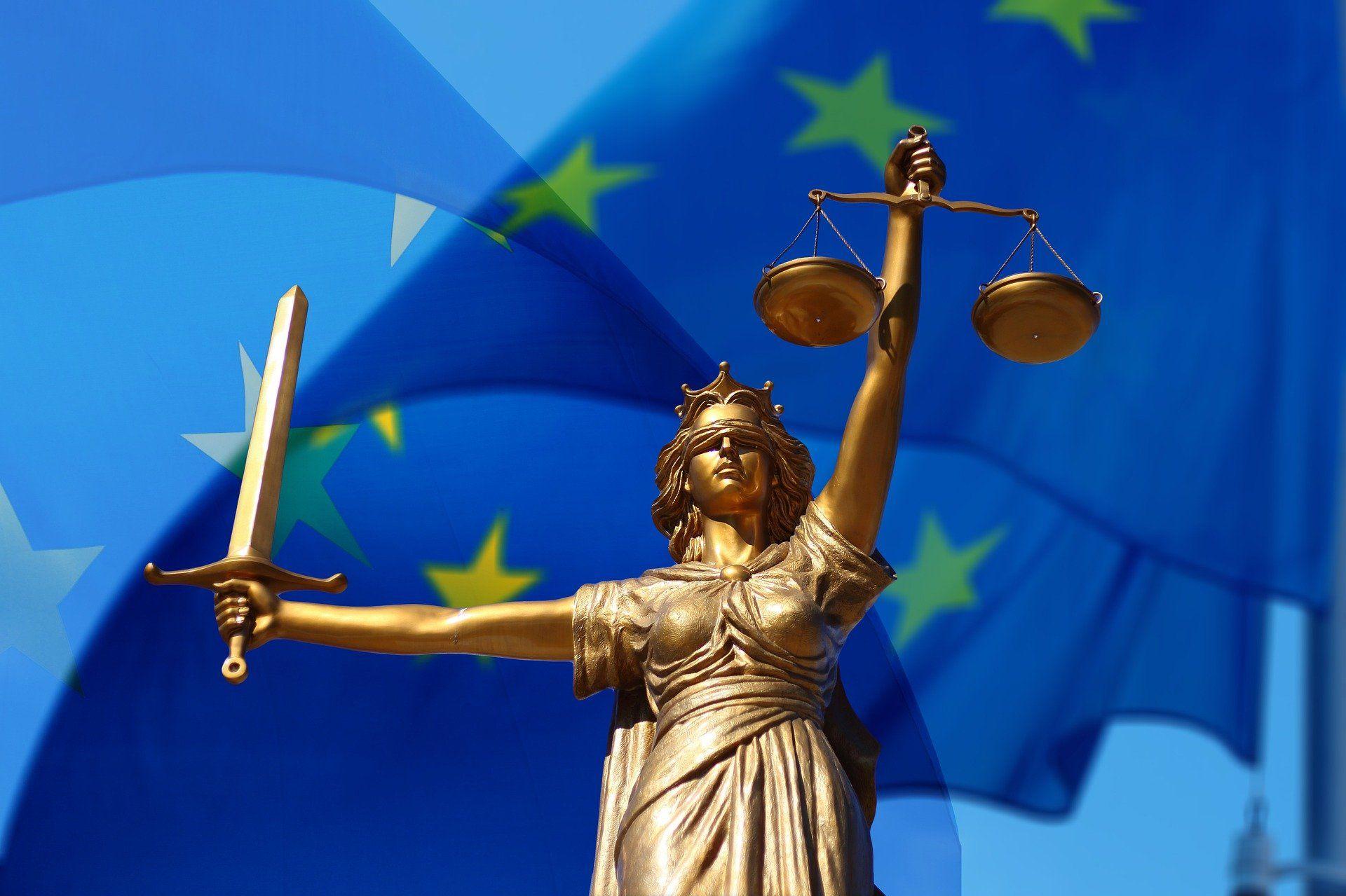 Немецкий суд обязал блогеров отмечать проплаченные посты