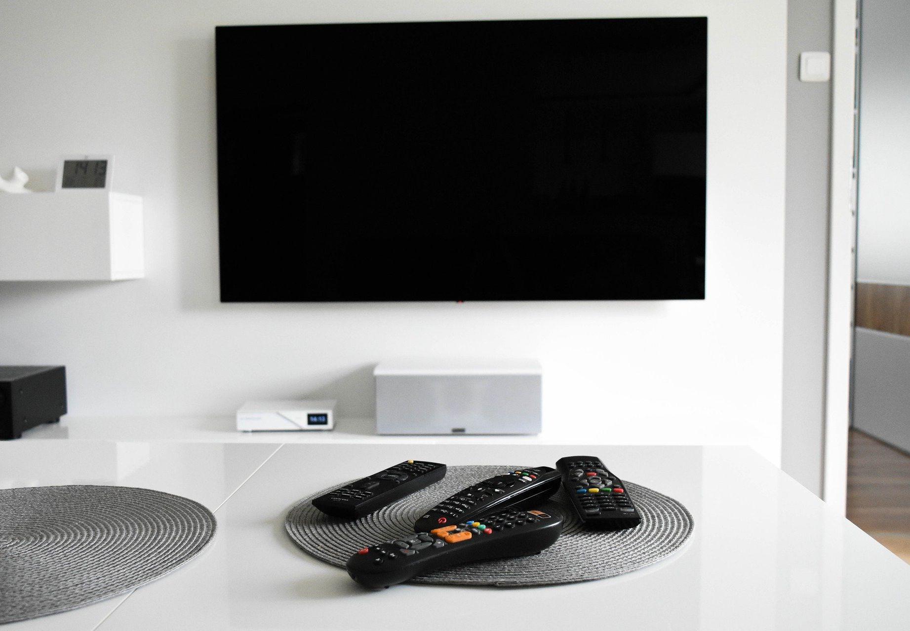<i>Amazon </i>будет выпускать собственные телевизоры