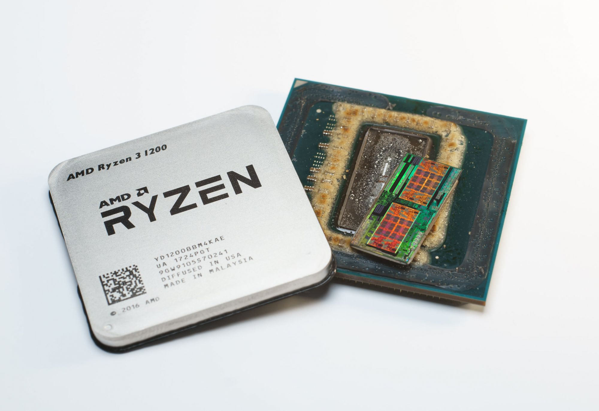 12 сентября 1936 года родился один из основателей <i>AMD </i>Джереми Сандерс