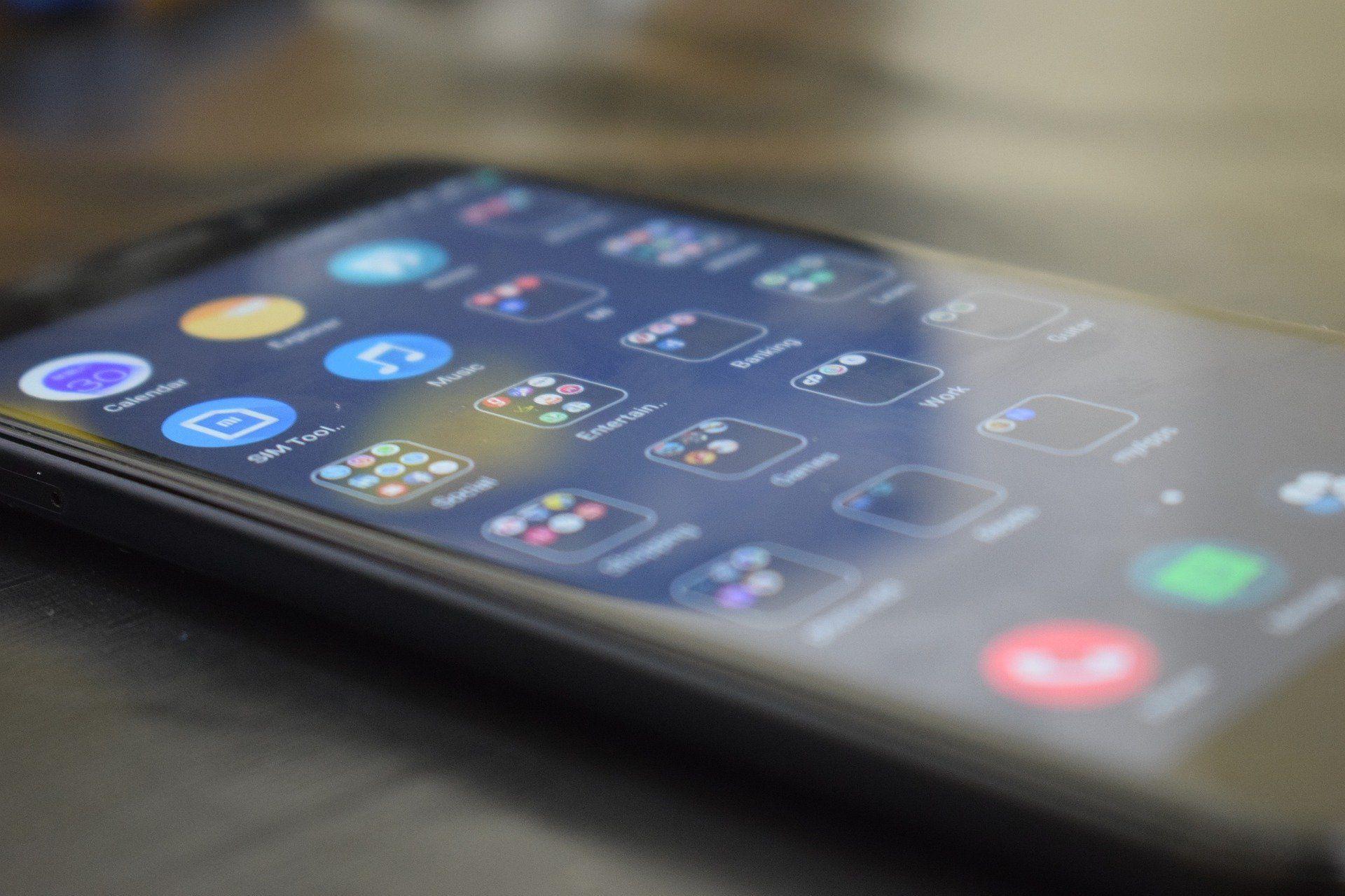 <i>Xiaomi </i>отменила блокировку смартфонов вКрыму