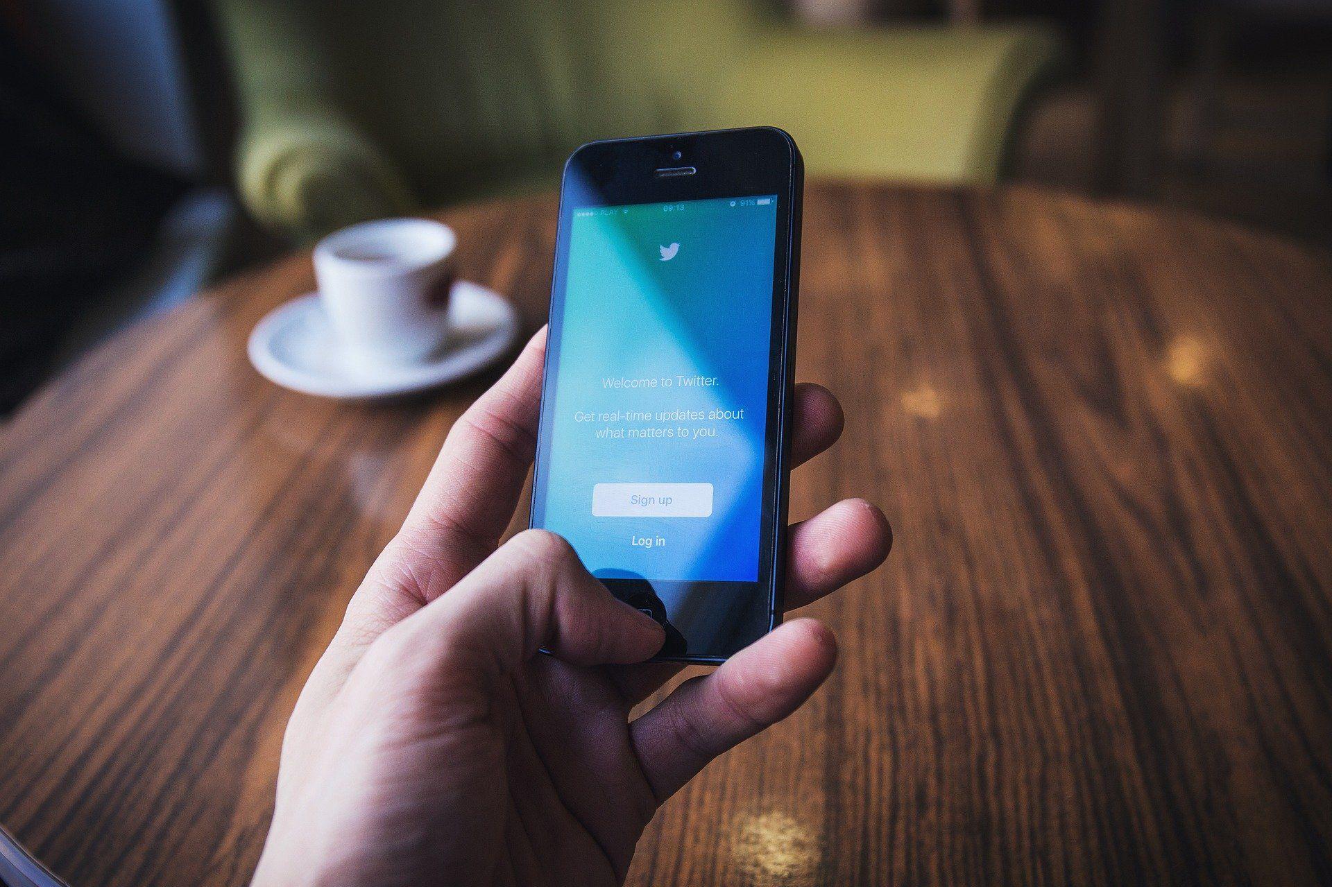 <i>Twitter </i>разрешил пользователям удалять своих подписчиков