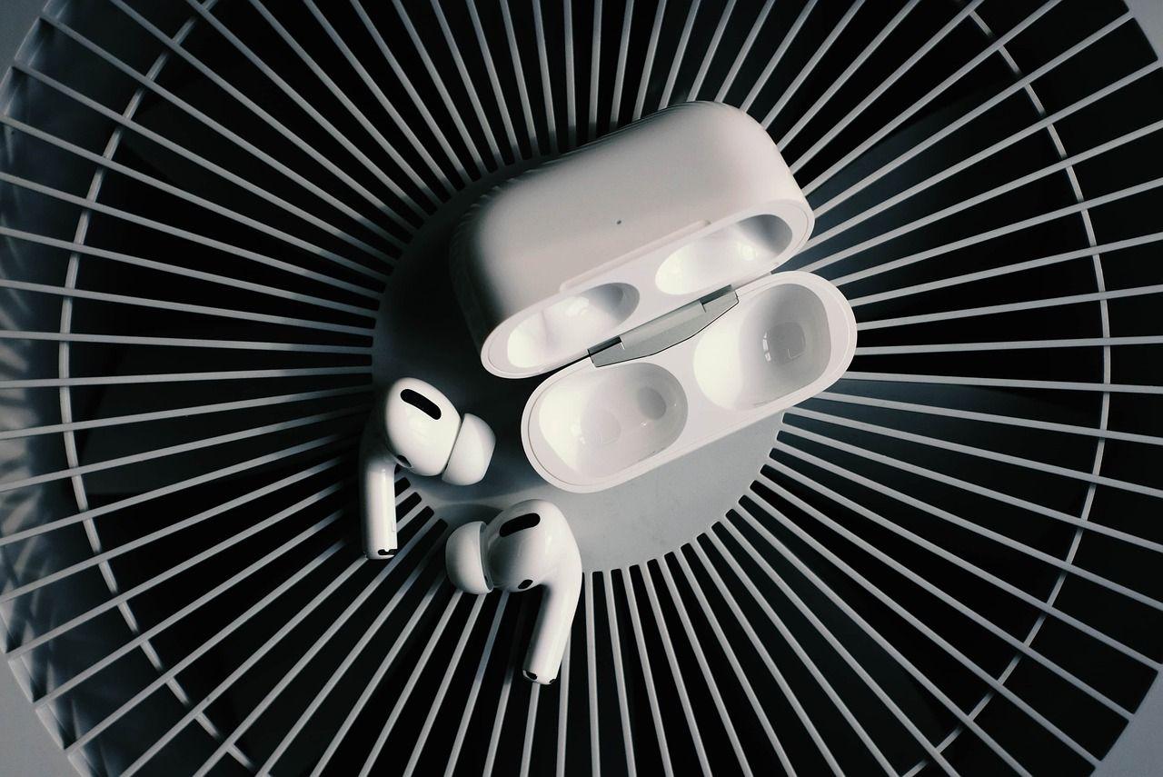 <i>Apple </i>планирует разработать новые <i>AirPods</i>